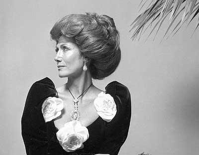 Hélène Rochas. Colta, raffinata e bella parigina