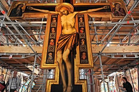 Firenze – Restaurato il crocifisso del Maestro di Figline in Santa Croce