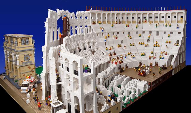 Un colosseo di Lego