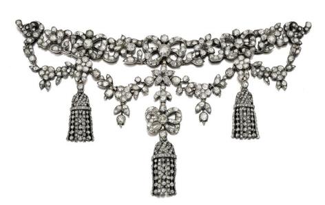 La Collezione di gioielli Michael Wellby totalizza £ 2.836.300