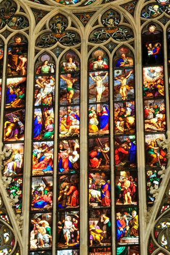 Le vetrate del Duomo di Milano. Tutte le foto