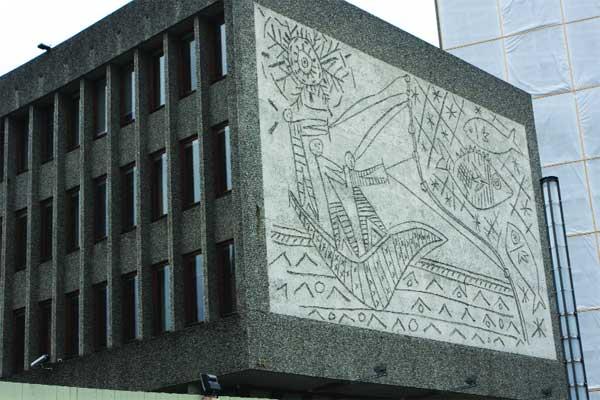 Il murales di Picasso in pericolo a Oslo