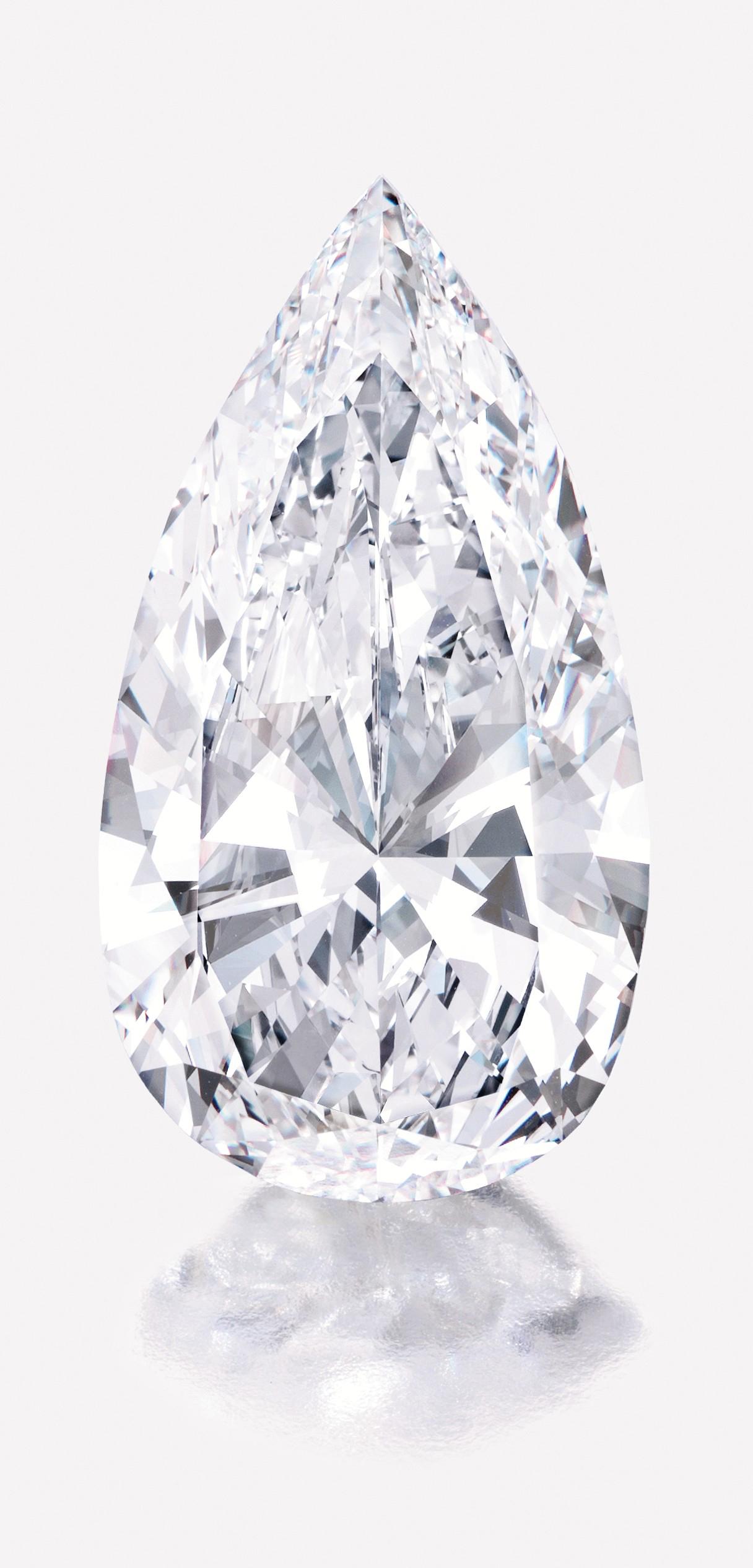 Un diamante bianco tagliato a goccia di 75 ct in asta a New York