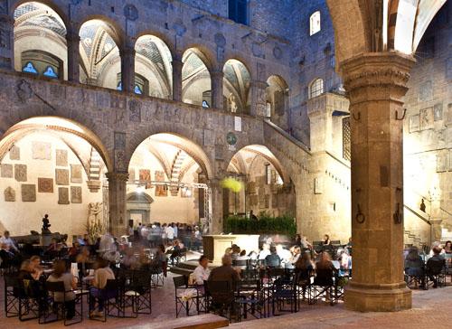 L'aperitivo più cool? Al museo di Firenze