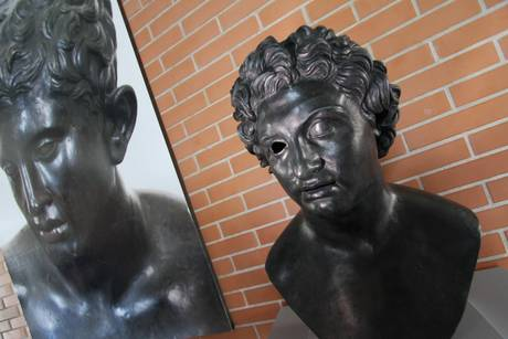 La Fonderia Chiurazzi dona 12 statue all'area archeologica di Pompei