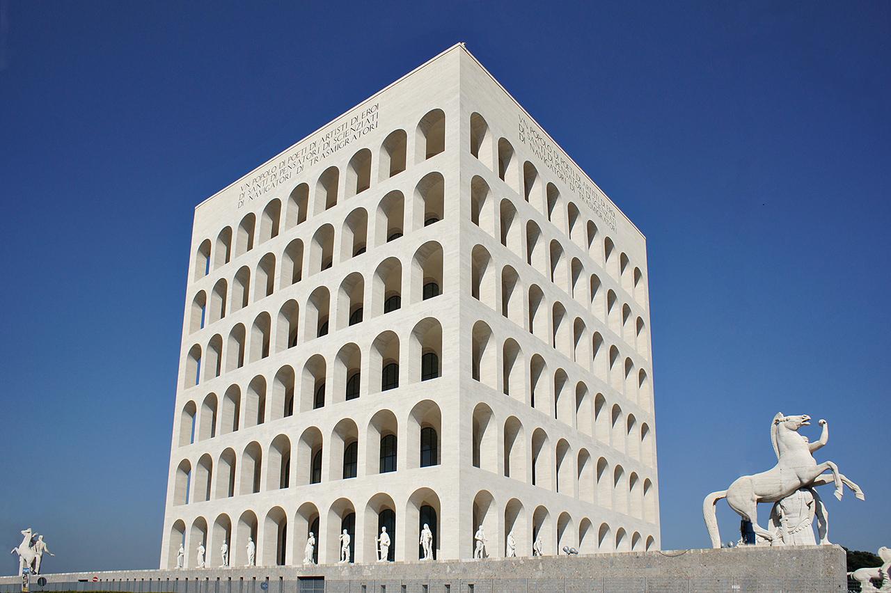 """Il """"Colosseo quadrato"""" al gruppo Fendi-Arnault"""