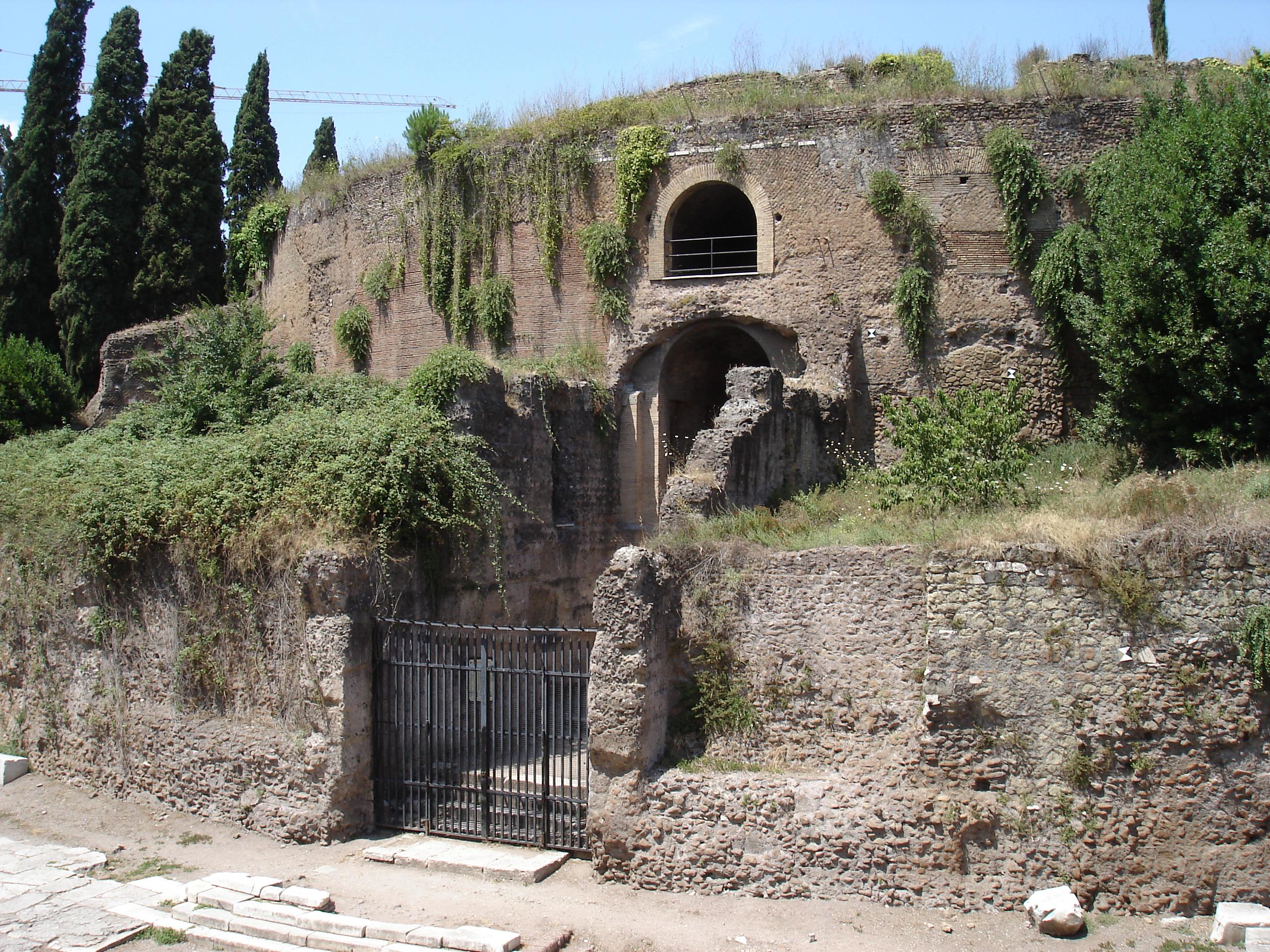 Fondi in arrivo per restaurare il mausoleo di Augusto