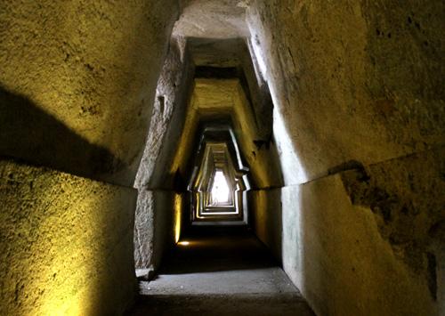 Cuma: scoperti reperti di 3000 anni fa