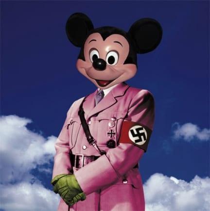 Perché Hitler tira nell'arte contemporanea. La scorciatoia per la visibilità mass mediatica