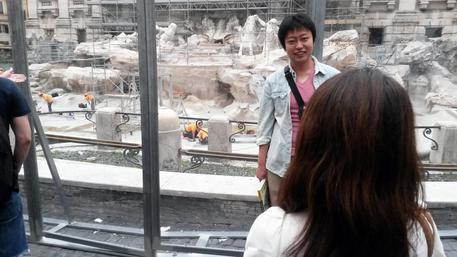 Fontana di Trevi in restauro
