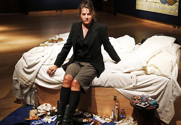 Tracey Enim con l'installazione My Bed