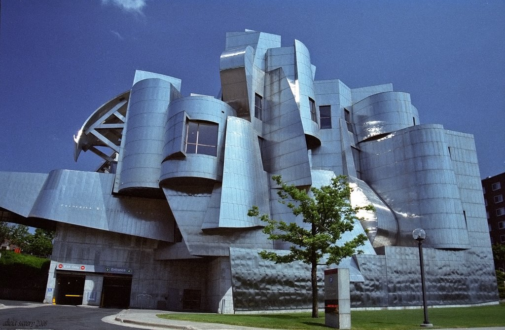 Frank O' Gehry, Frederic R. Weisman Art and Teaching Museum Minneapolis