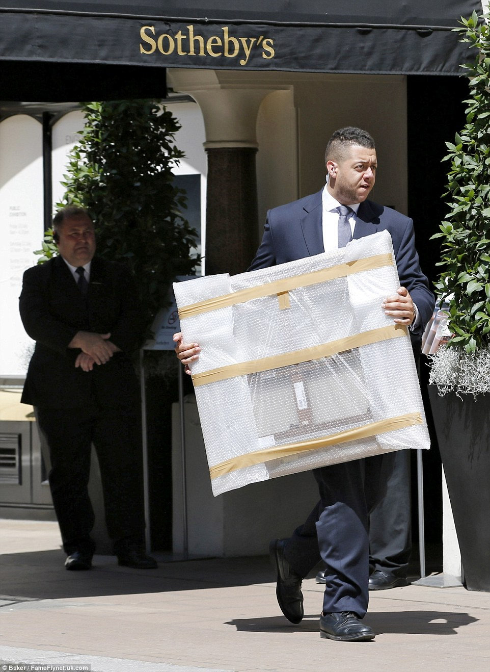 James Stunt fa shopping da Sotheby's. Cosa avrà acquistato?