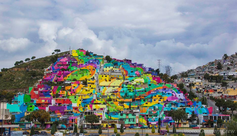 Foto: El MacroMural Barrio de Palmitas - Pachuca. Etapa de Color Finalizada y aun falta mas. Germen Nuevo Muralismo Mexicano