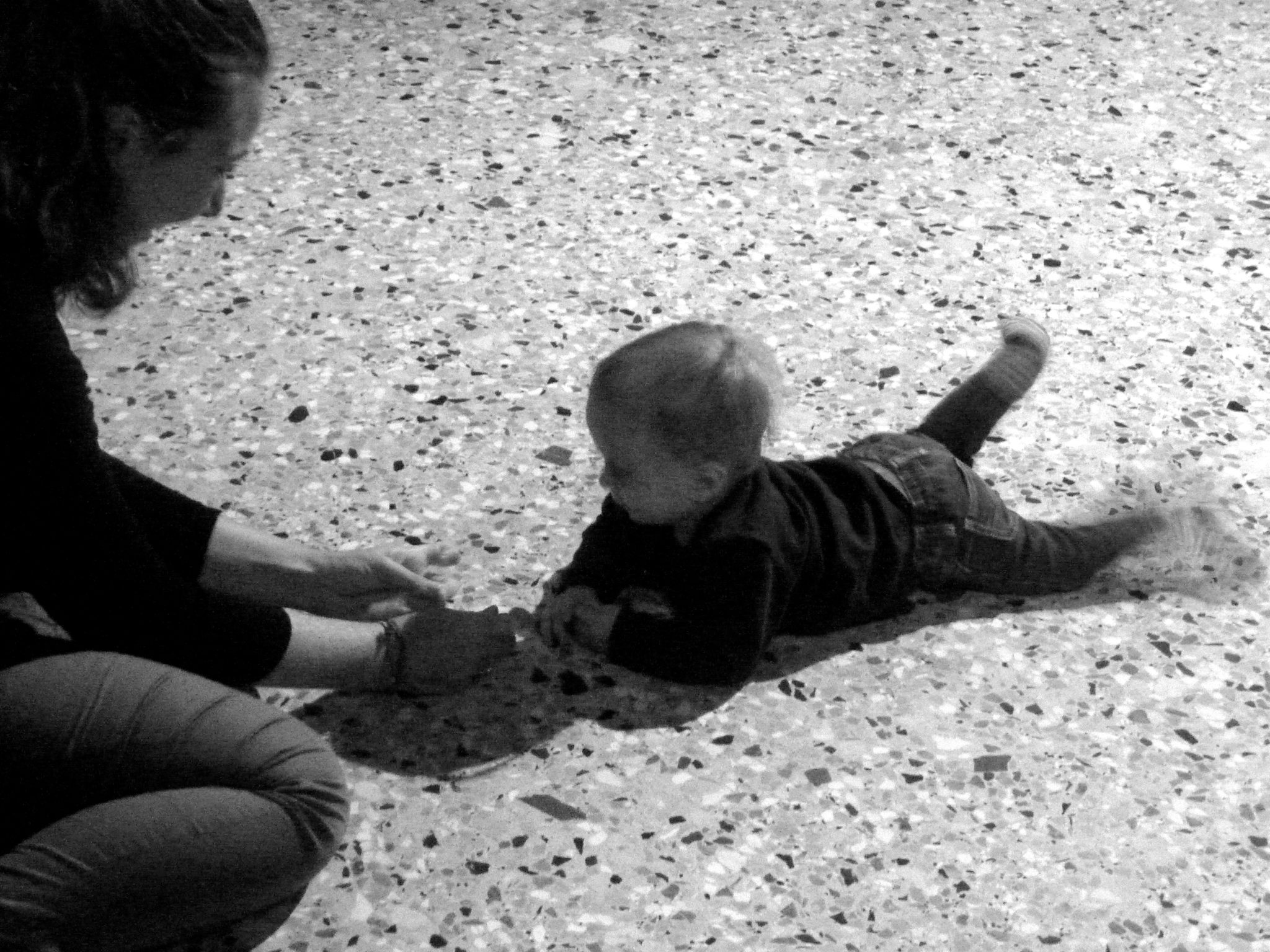 Mattia per Teaching to Walk di Roman Ondak (Foto: Sofia Bersanelli)