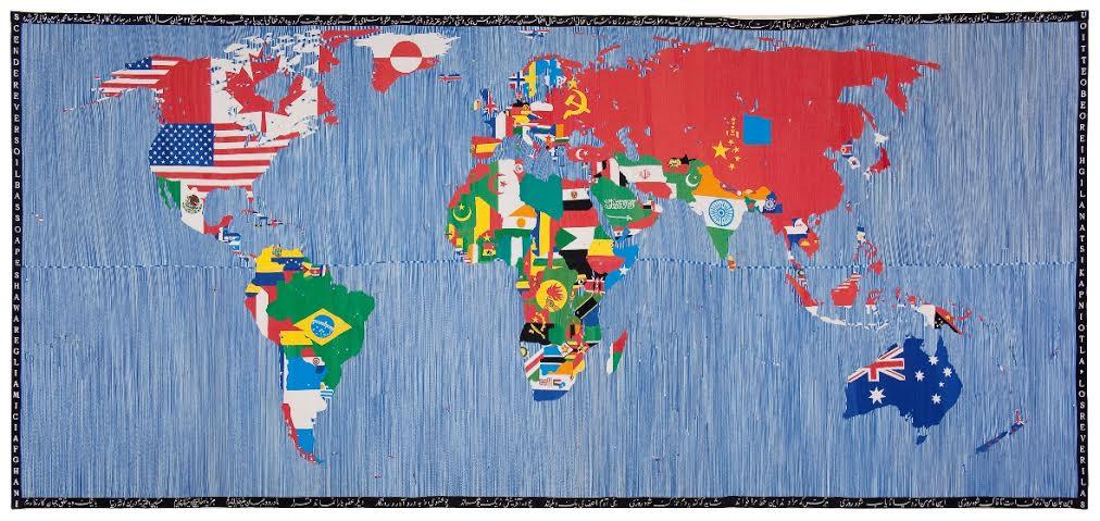 Mappa, 1989 Ricamo su tessuto 265,4×574 cm Collezione Giordano Boetti, Courtesy Fondazione Alighiero e Boetti