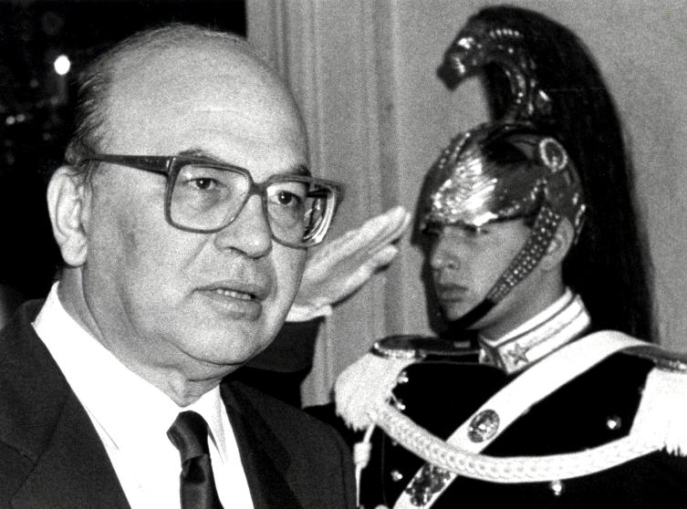 Eredità Craxi in asta: 271mila monetine di euro da Bolaffi
