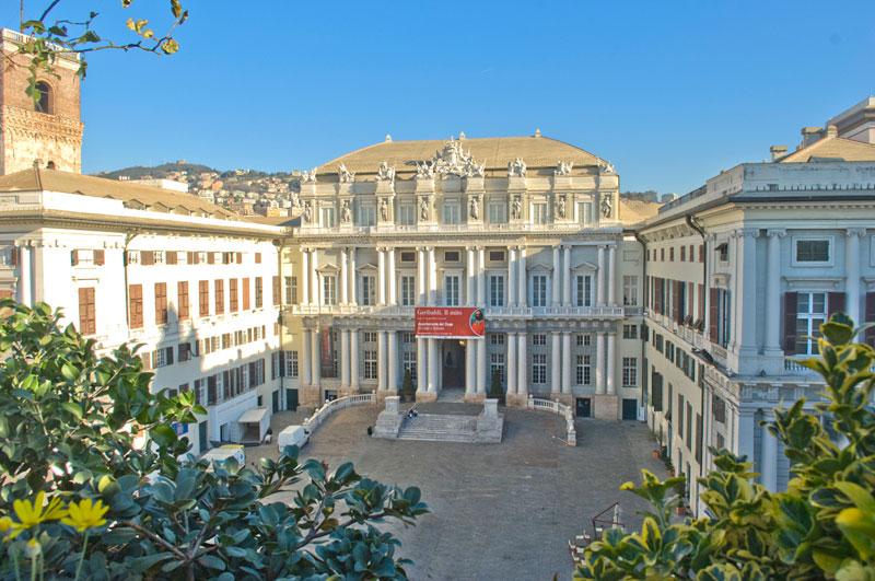Tutte le mostre a Palazzo Ducale di Genova nel 2016. Da Mucha a Newton