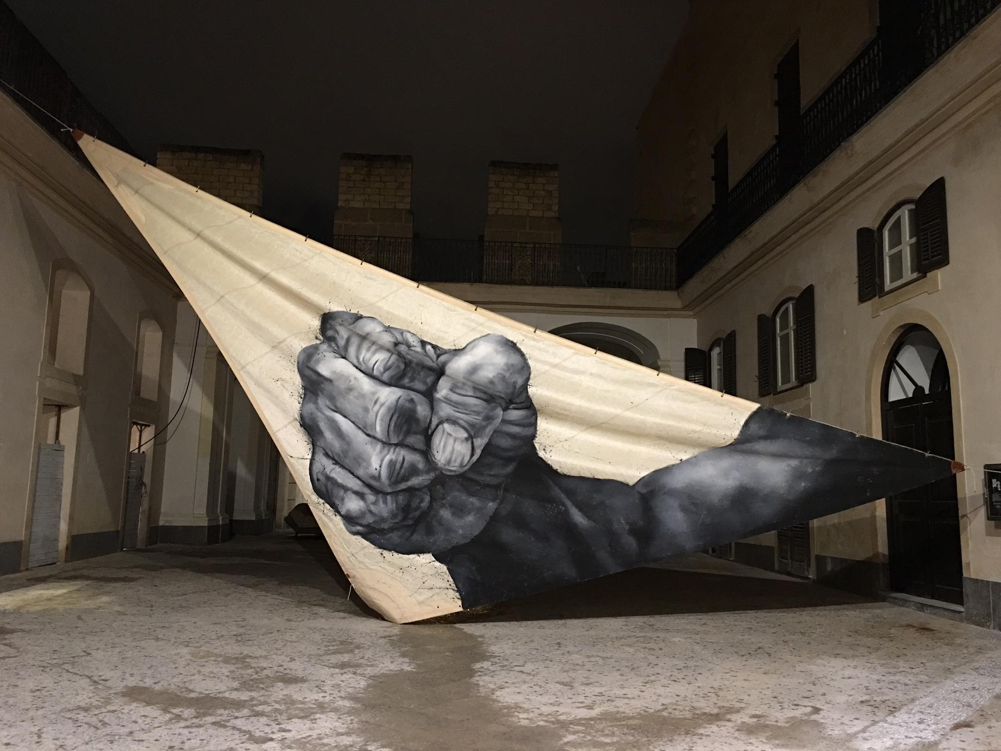 L'energia di Paolo Troilo sprizza a Palazzo Riso, Palermo