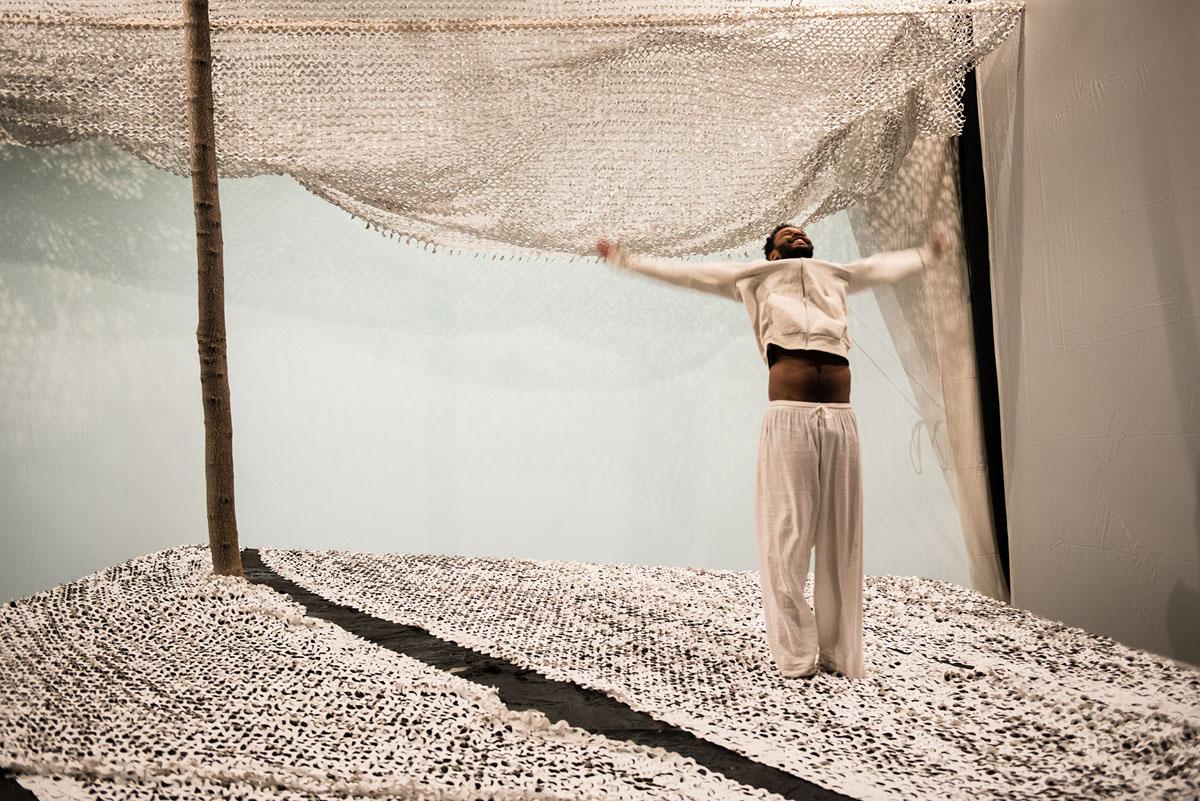 Lampedusa Snow, dal 10 maggio al Piccolo Teatro Studio