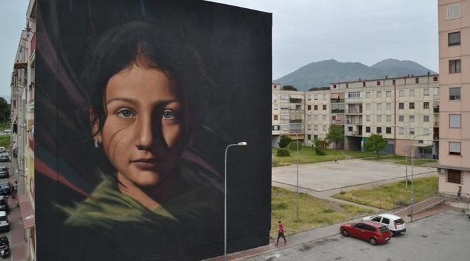 Jorit Agoch. Il volto che cambia le periferie di Napoli e del mondo