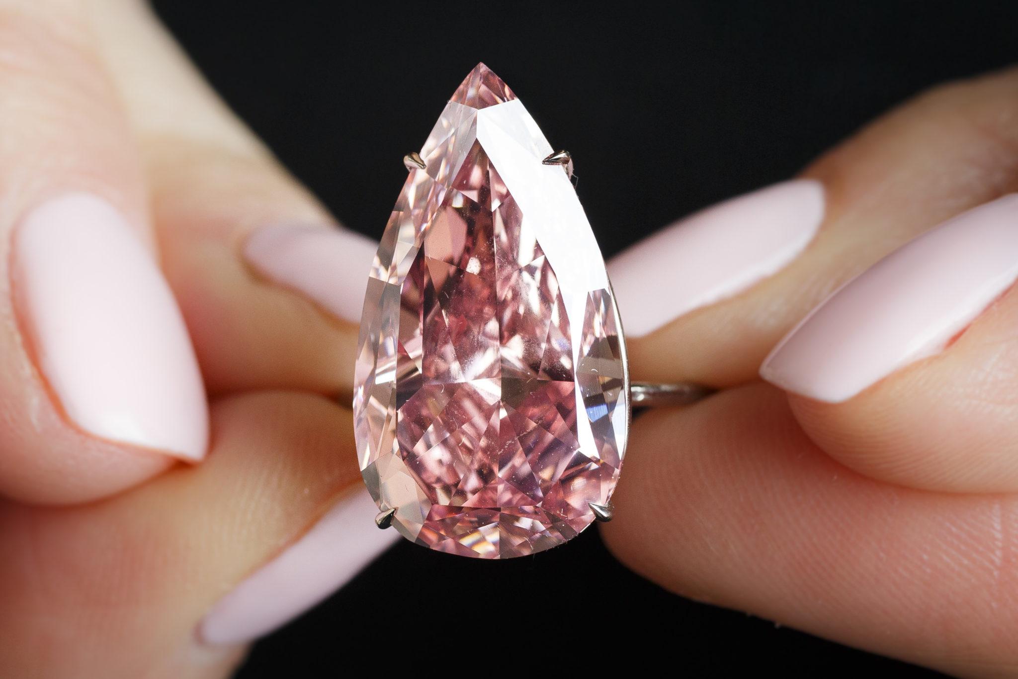 175 milioni$ per un'asta di gioielli da Sotheby's. E' record