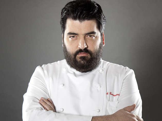 Antonino Cannavacciuolo per la rubrica Chef allo Specchio