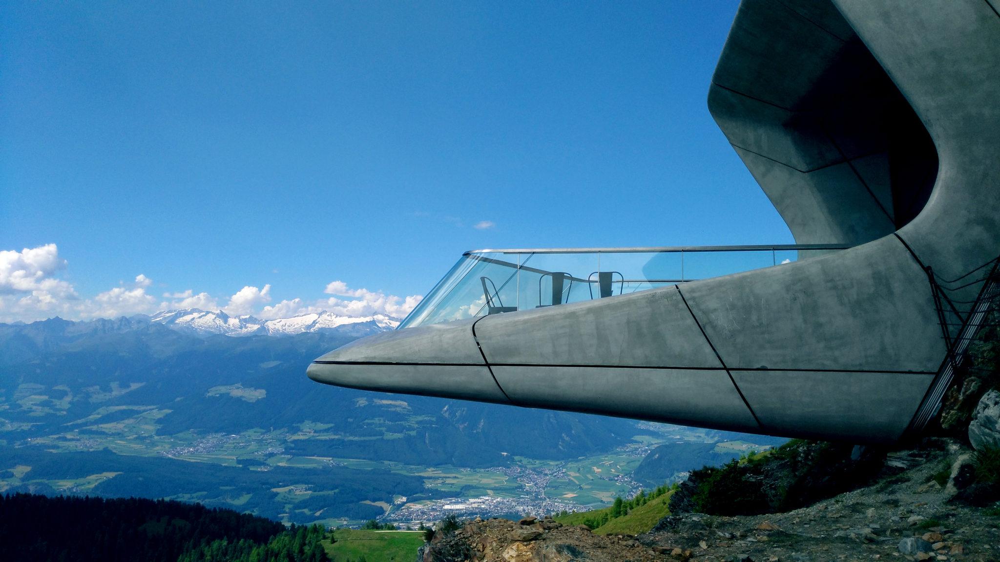 Il Messner Mountain Museum. Il matrimonio tra architettura e arte nel tempio sacro dell'alpinismo