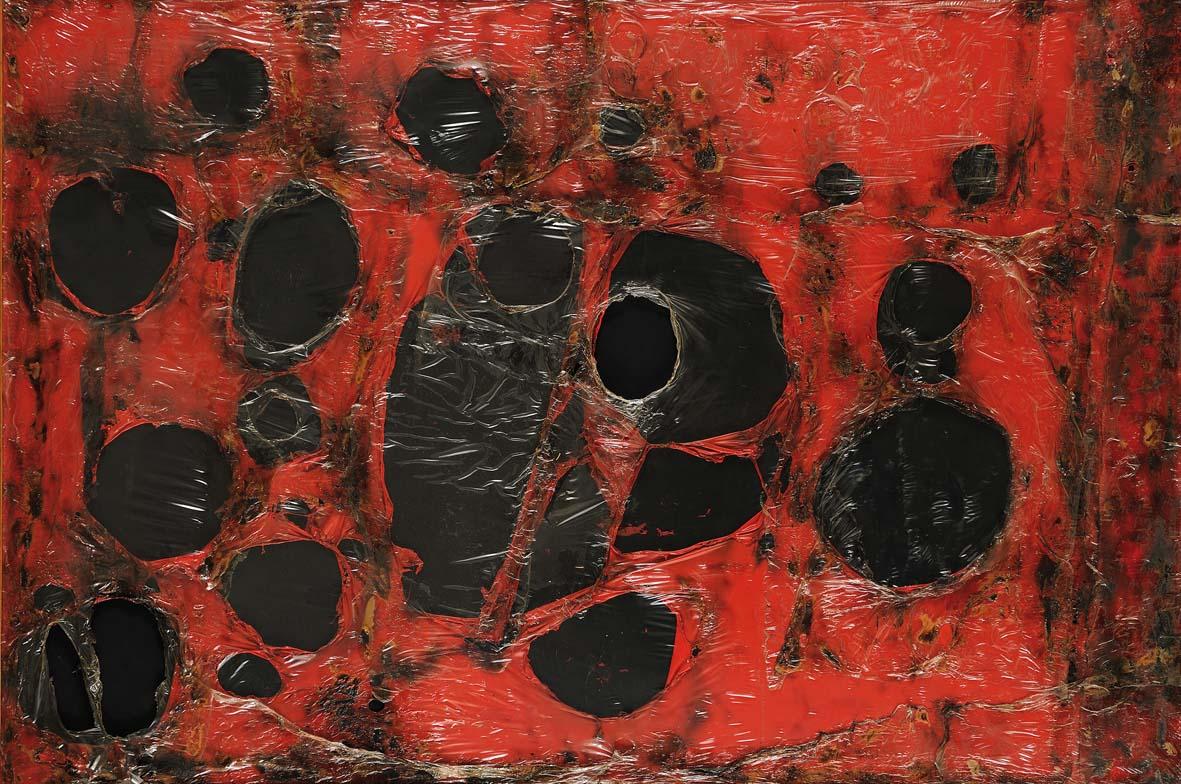 Alberto Burri: Rosso Plastica M3, 1961 Plastica, combustione su tela cm. 121,5x182,5. Città di Castello, Fondazione Palazzo Albizzini Collezione Burri