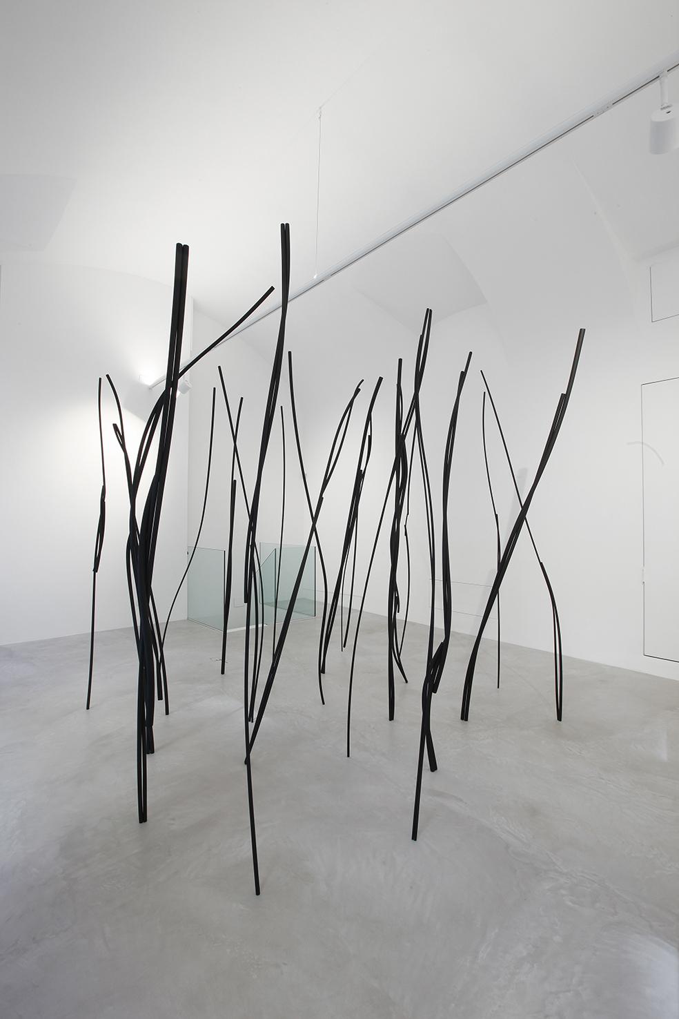 Le Tracce di Roberto Almagno in mostra a Milano