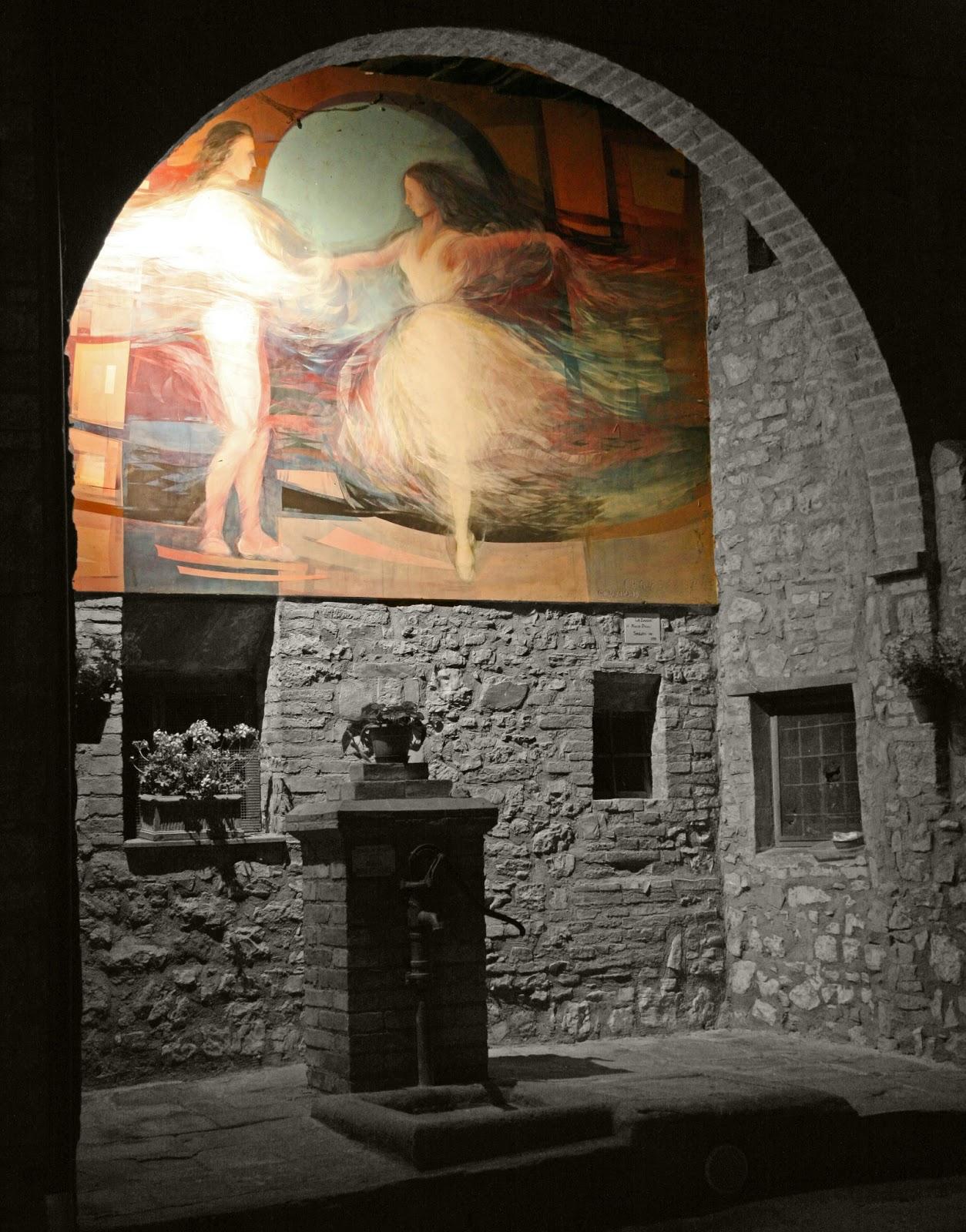 I colori del futuro sulle pietre del Medioevo. Mugnano, il paese dei muri dipinti
