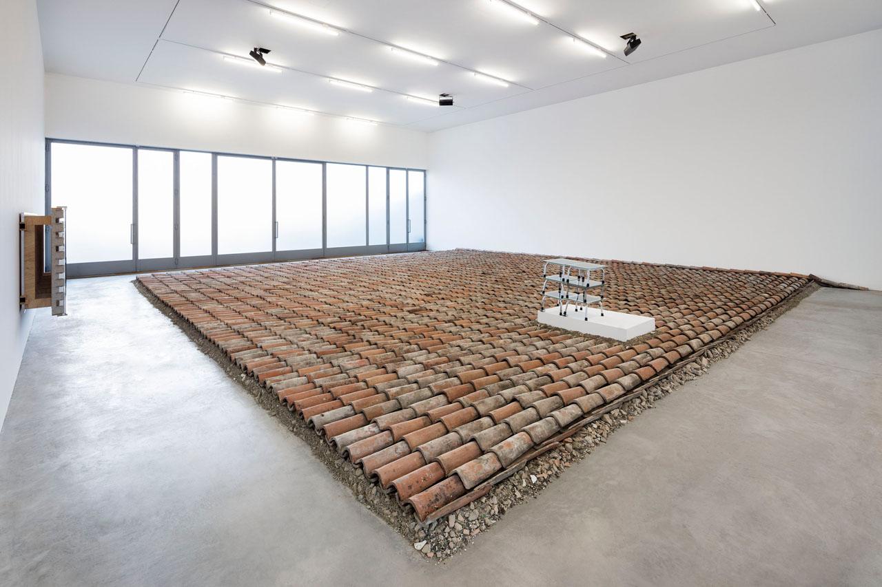Insel der Seligen, 2016, courtesy Galleria Lia Rumma Dessau, 2004