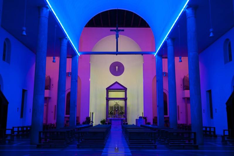 Dan Flavin, Chiesa Rossa, 1966, Milano Interno