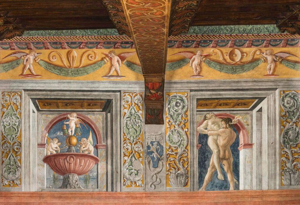 Sala fatiche di Ercole, Affreschi parete con Ercole e Anteo (dopo il restauro) Photo credit: M.Benedetti - A.Corrao