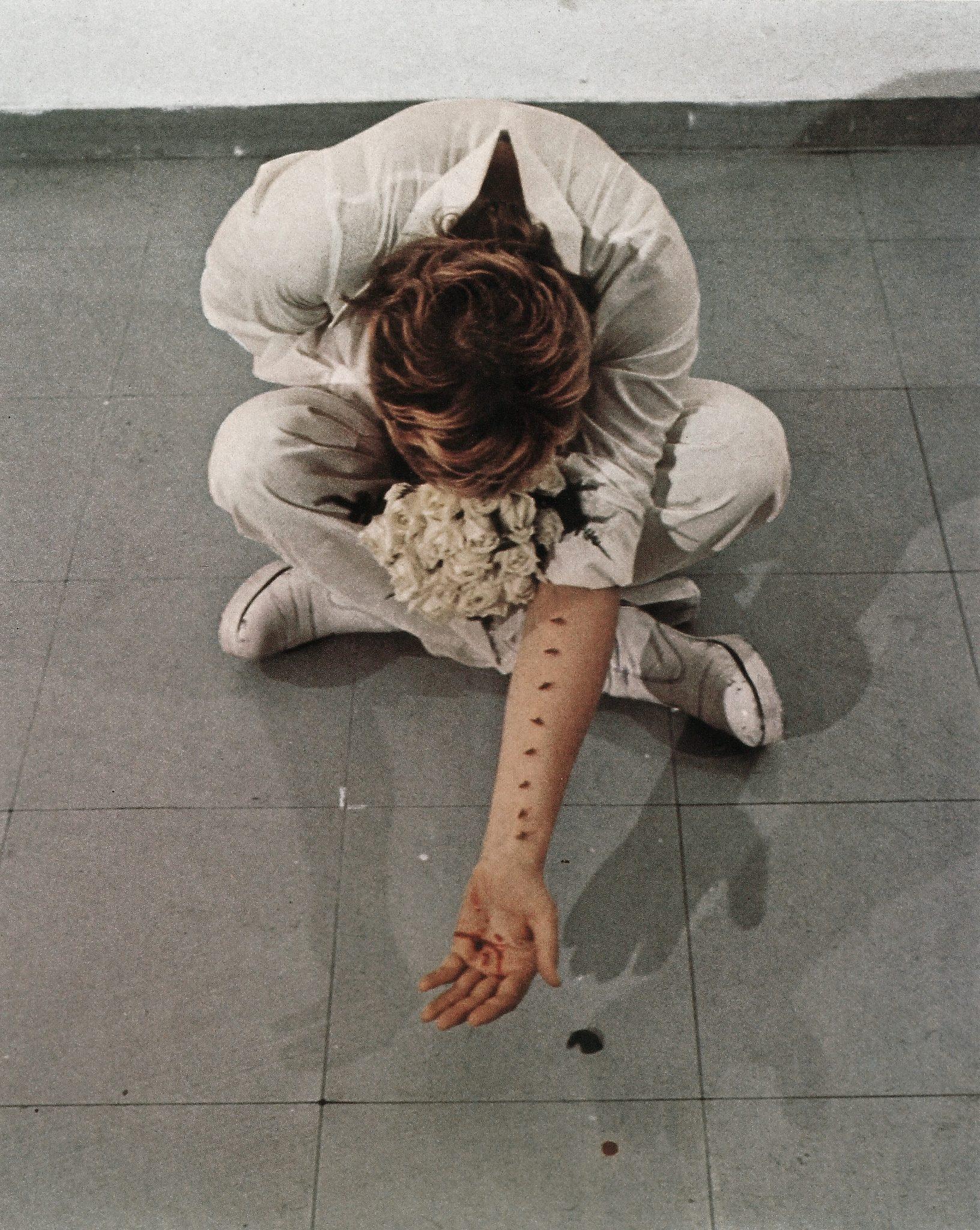 Gina Pane, Azione Sentimentale, 1973 Arte Estrema