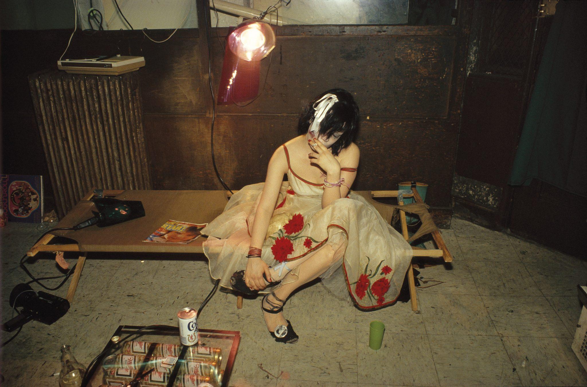 Nan Goldin - Trixie on the cot, New York City 1979 © Nan Goldin