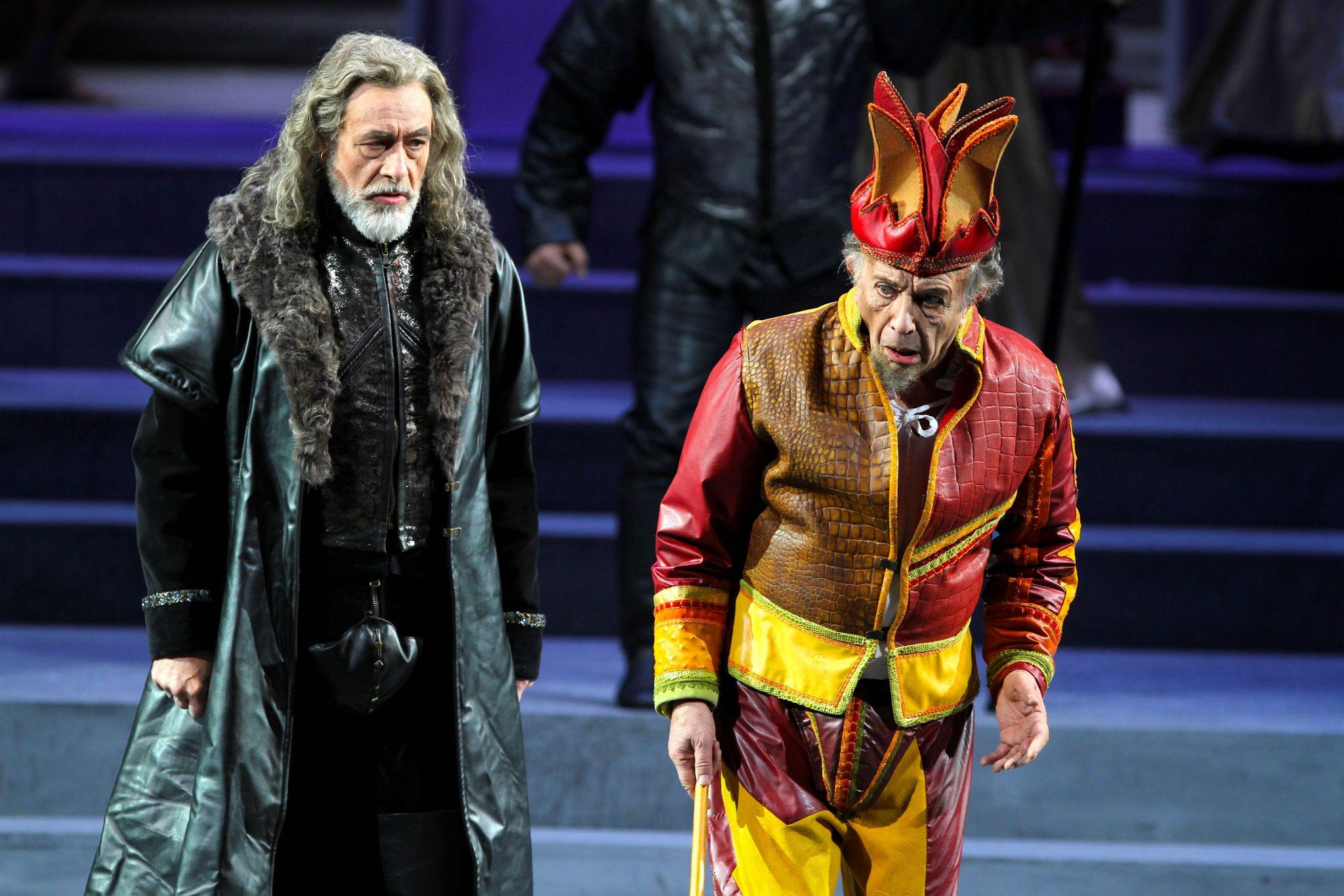 Rigoletto. In scena al Carlo Felice fino al 29 dicembre
