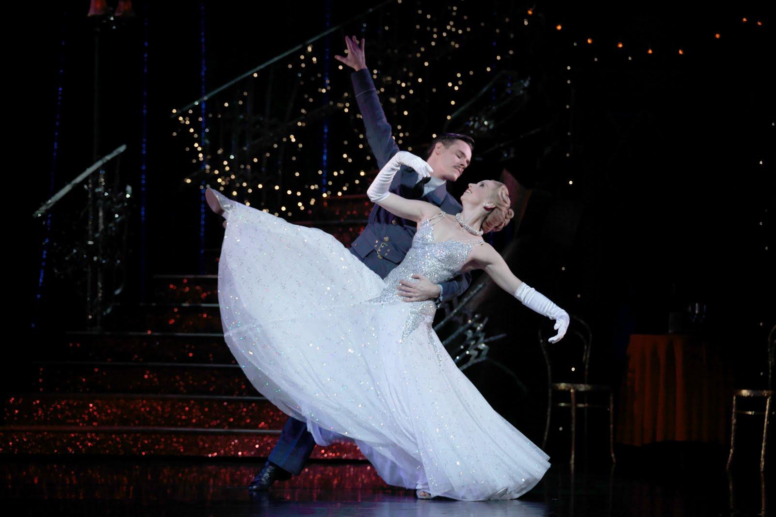 A Londra Cinderella danza fra i bombardamenti del secondo conflitto mondiale