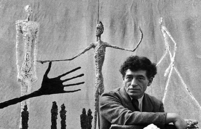 Alberto Giacometti nel suo studio