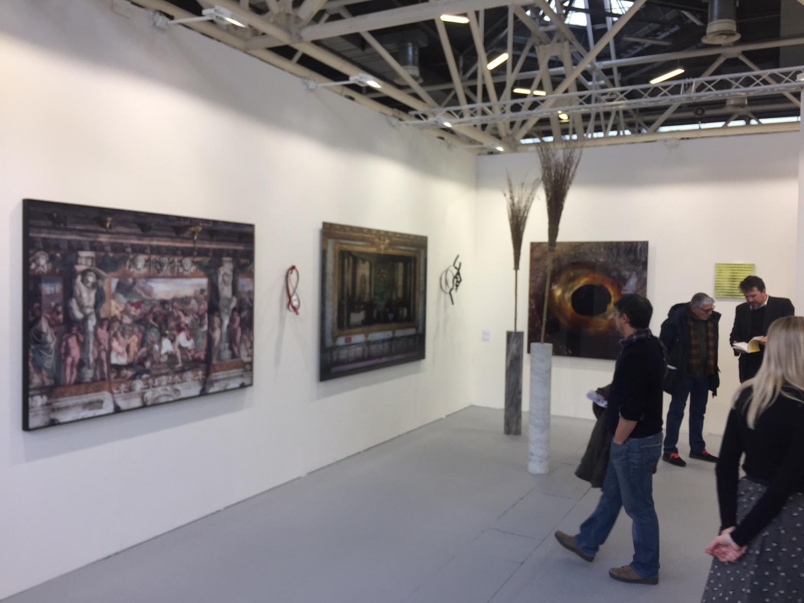 FL Gallery. Fisicamente sta nel padiglione dei moderni, ma in realtà - da Luca Pozzi a Bruna Esposito, a Danilo Buccella - è uno dei migliori stand del contemporaneo