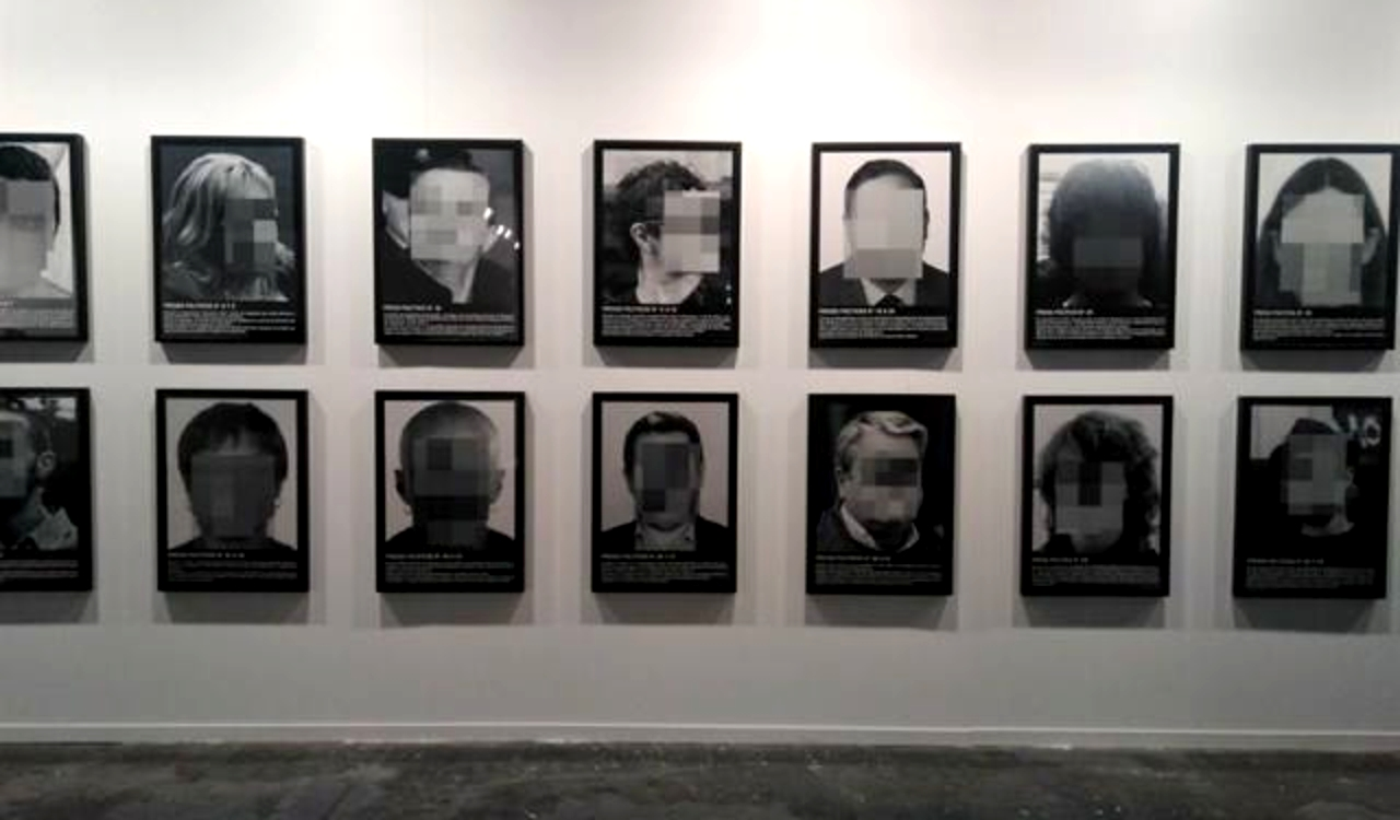 Presos políticos en la España contemporánea, l'opera censurata di Santiago Sierra