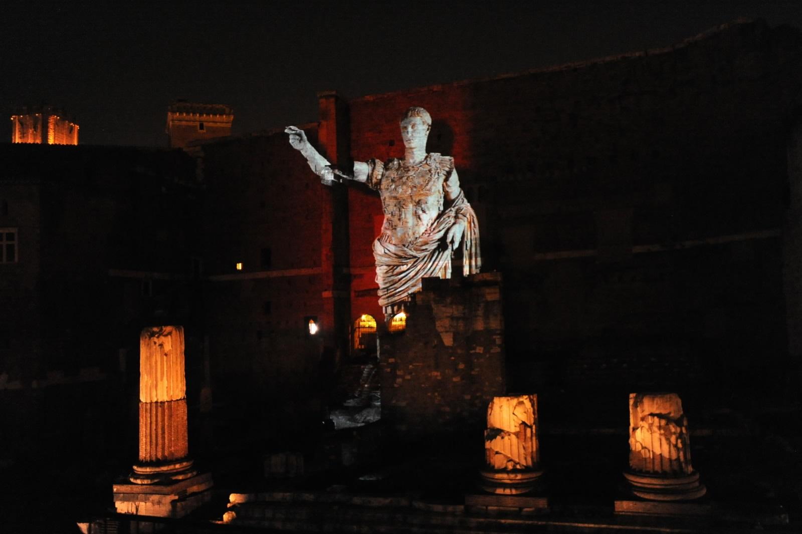 Viaggio nell'antica Roma - Foro di Augusto - Foto di Maio