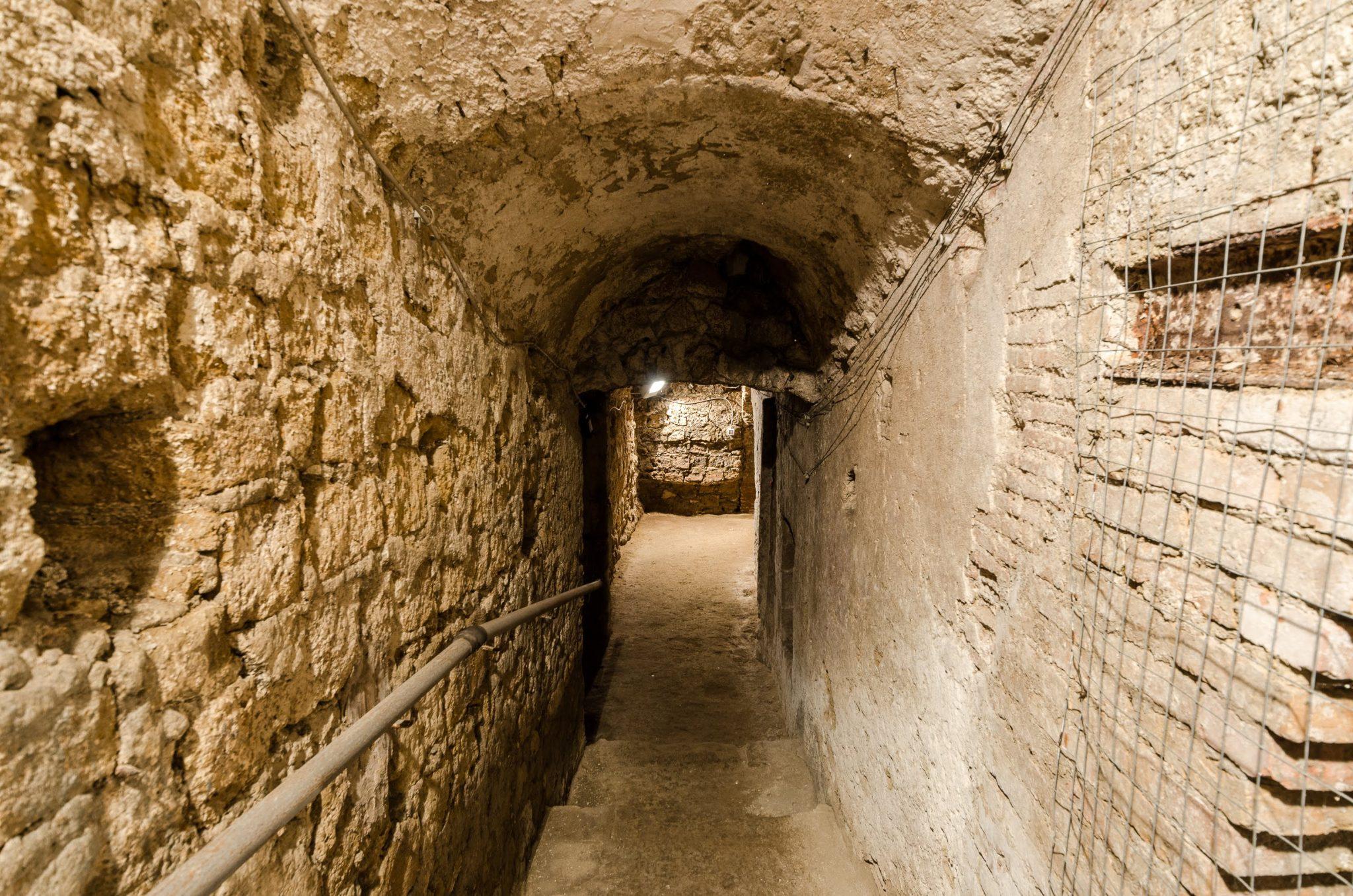 L'Acquedotto Augusteo del Serino (foto Antonio Picascia)