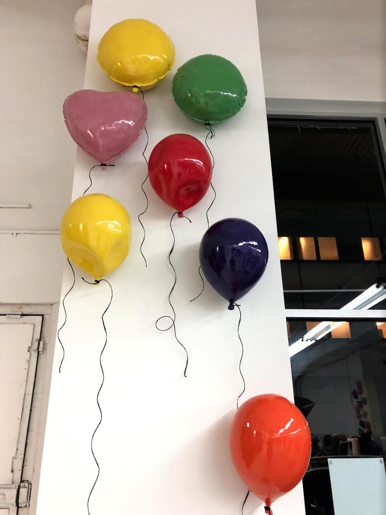 "Sivan Sternbach, Helium Balloon, 2017, ceramic, industrial paint, 13.2"""