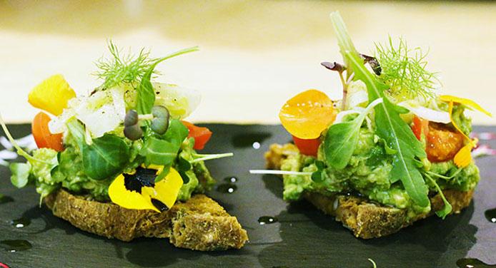 Mantra Raw Vegan, il primo ristorante crudista in Italia