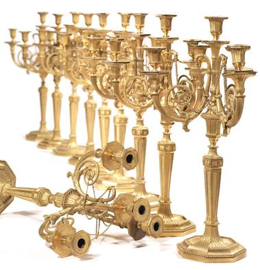 Una serie di DIECI CANDELABRI in bronzo dorato creati in Austria nel periodo Luigi XVI, che sono stati aggiudicati da Pandolfini nello scorso autunno a oltre 80.000 euro