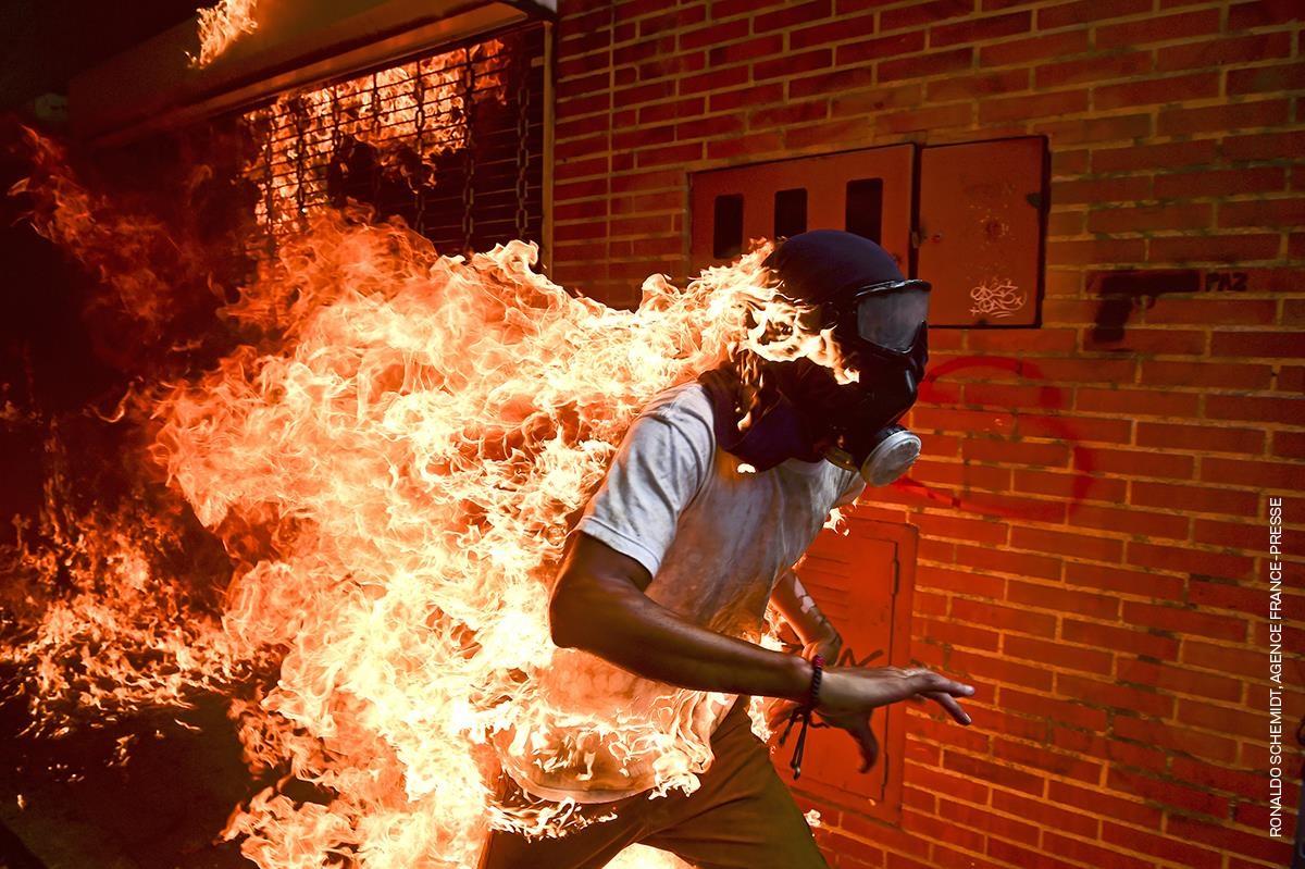 World Press Photo: 'Venezuela Crisis' è la foto dell'anno. In arrivo la grande mostra a Roma