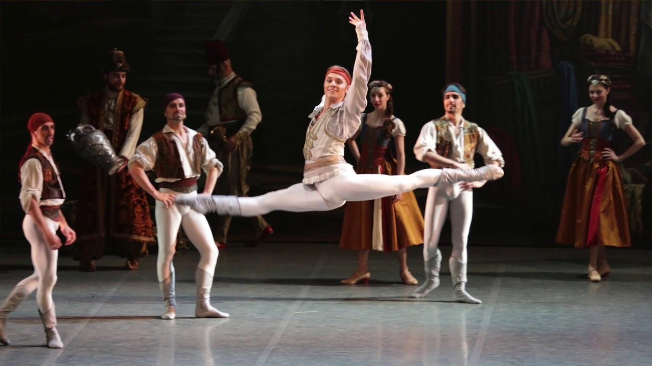 Stilisticamente perfetta l'esecuzione di Le Corsaire alla Scala di Milano