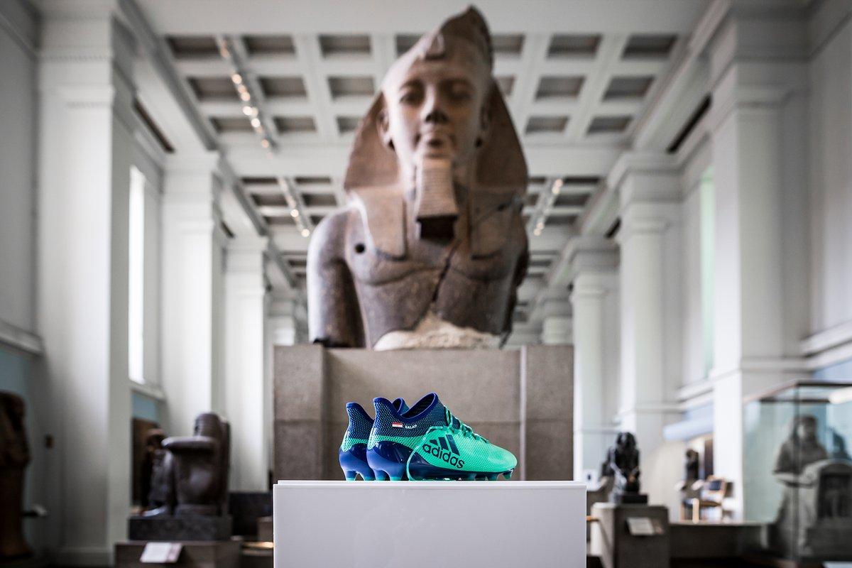 Scarpini di Salah al British Museum