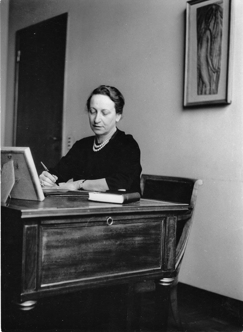 Fernanda Wittgens nel suo ufficio a Brera 1955 ca